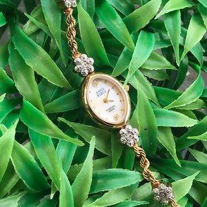 Vintage Anne Klein diamond Swiss watch!